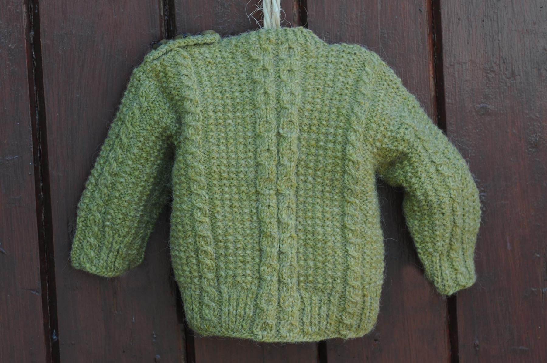 Green Handknit Sweater 34