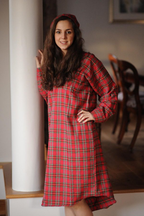 Gleneske Tartan Ladies Irish Nightshirt and Cap Royal Stewart