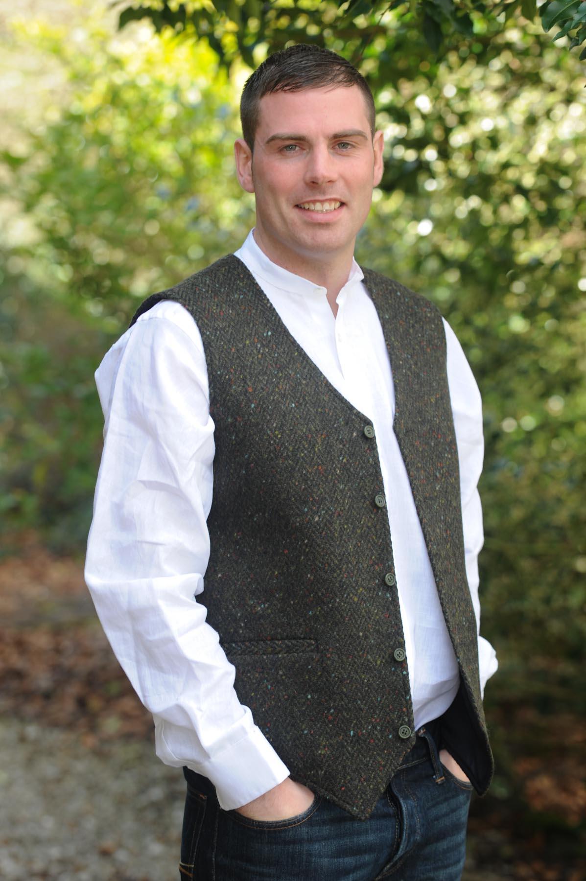 Glengesh Tweedback Waistcoat Green