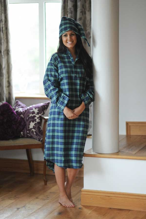 Gleneske Tartan Ladies Irish Nightshirt and Cap Black Watch